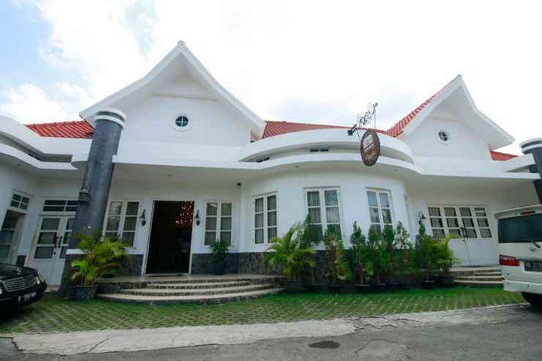 Ipienk House, Yogyakarta