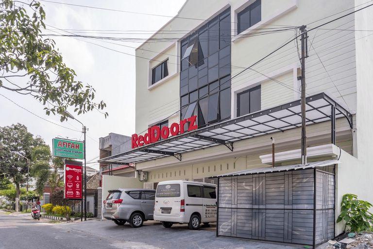 RedDoorz Syariah near Stadion Teladan Medan, Medan