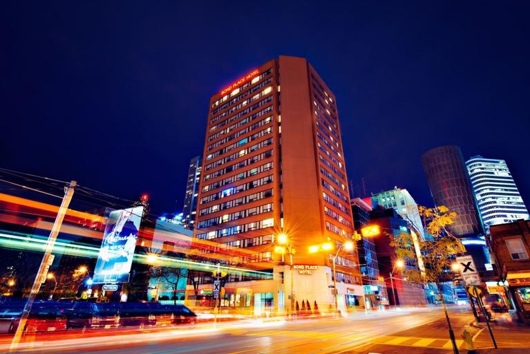 Bond Place Hotel, Toronto