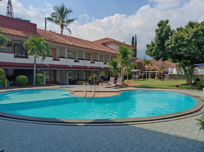 Metropole Hotel Batu, Malang