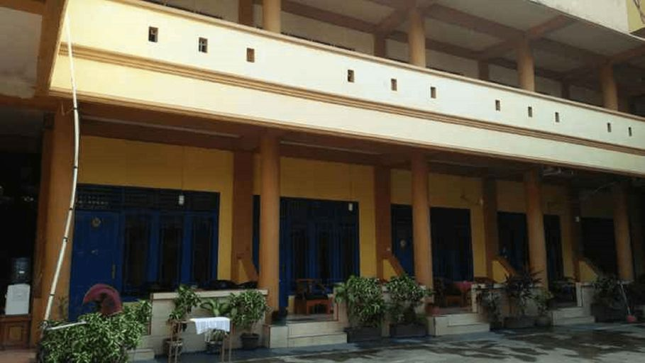 Hotel Benyamin, Padang