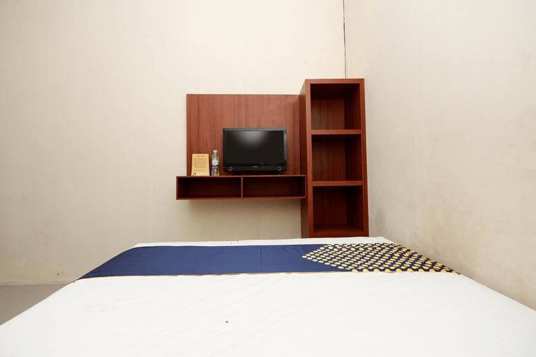 SPOT ON 2027 Putri Guest House Syariah, Brebes