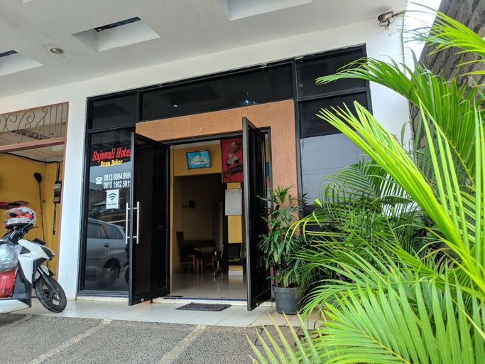 Rajawali Hotel, Tangerang