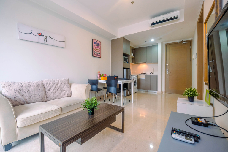 Highest Value 1BR Apartment at Gold Coast PIK By Travelio, Jakarta Utara