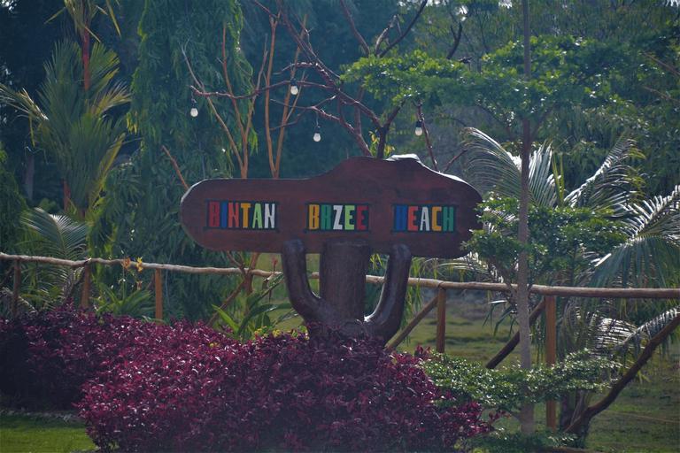 Bintan Brzee Beach, Bintan