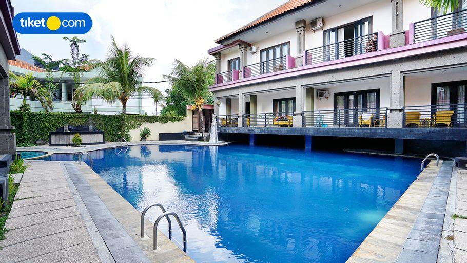 Taman Tirta Ayu Pool & Mansion Kuta, Badung