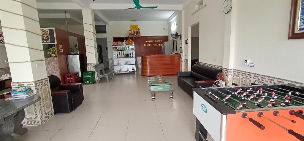 Family transit 2 Hotel, Sóc Sơn