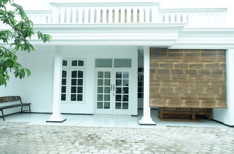 Sekar Putih Homestay Syariah (Khusus Putri), Malang