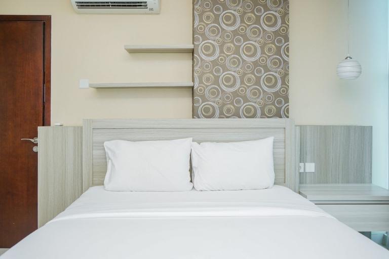 Chic and Spacious 2BR Apartment at Brooklyn Alam Sutera By Travelio, Tangerang Selatan