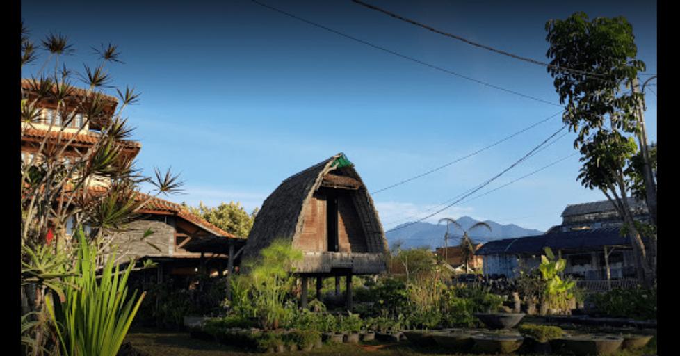 Villa Notes From The Mountains, Bandung