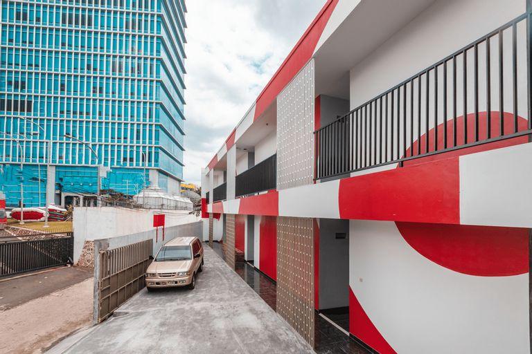 OYO 2223 J&b Room Utan Kayu Near Rumah Sakit Umum Daerah Matraman, East Jakarta