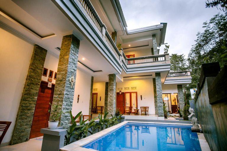 The Puncak Santhi Inn, Klungkung