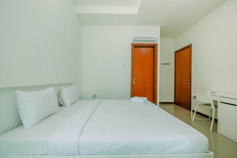 Cozy 2BR Sea View Condominium Apartment Green Bay Pluit By Travelio, North Jakarta