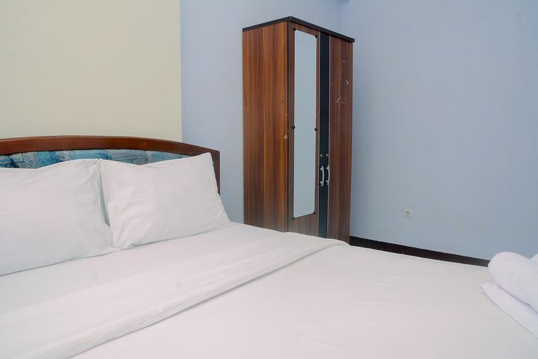 Comfortable 2BR Lagoon Resort Apartment By Travelio, Bekasi