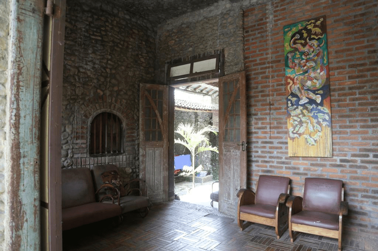 Stone House Castle, Bantul