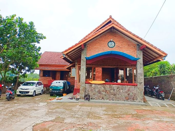 Sejuk Homestay Eco Wisata, Bogor