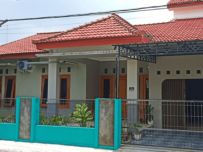 Kurnia homestay by idhomestay, Yogyakarta