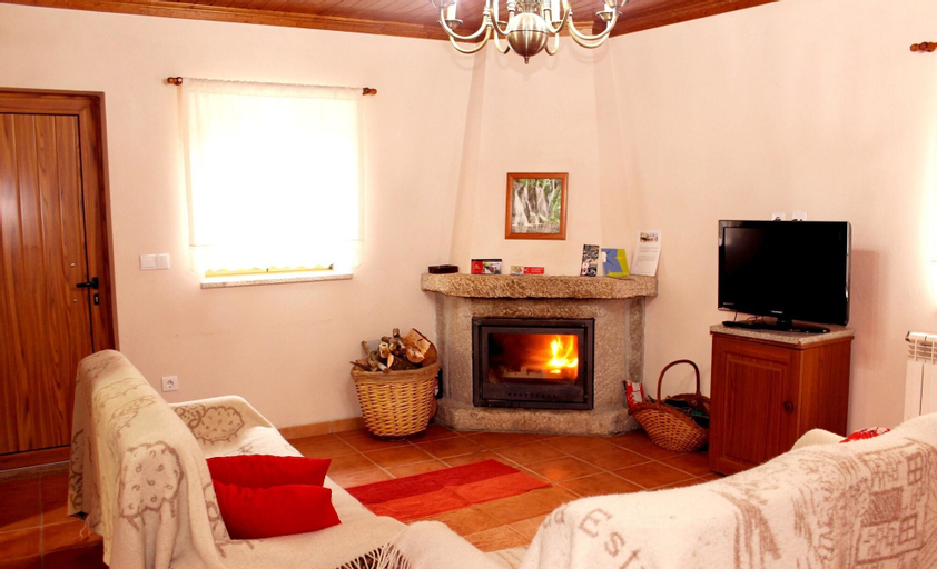 House With 3 Bedrooms in Povoa Velha, With Wonderful Mountain View, Fu, Seia
