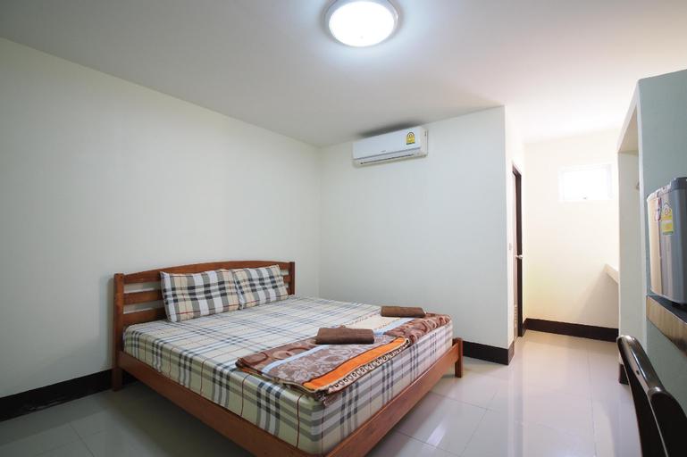 OYO 852 Pineapple Hotel Pattaya, Bang Lamung