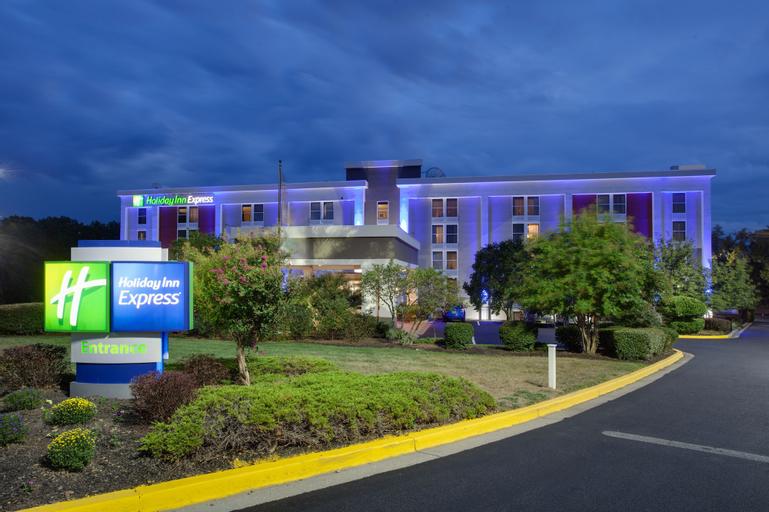 Holiday Inn Express Washington DC East - Andrews AFB, an IHG Hotel, Prince George's