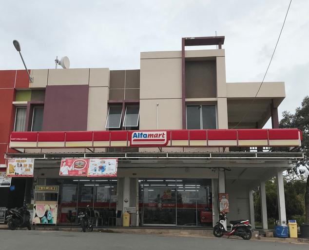 Anna House Airport J8, Batam