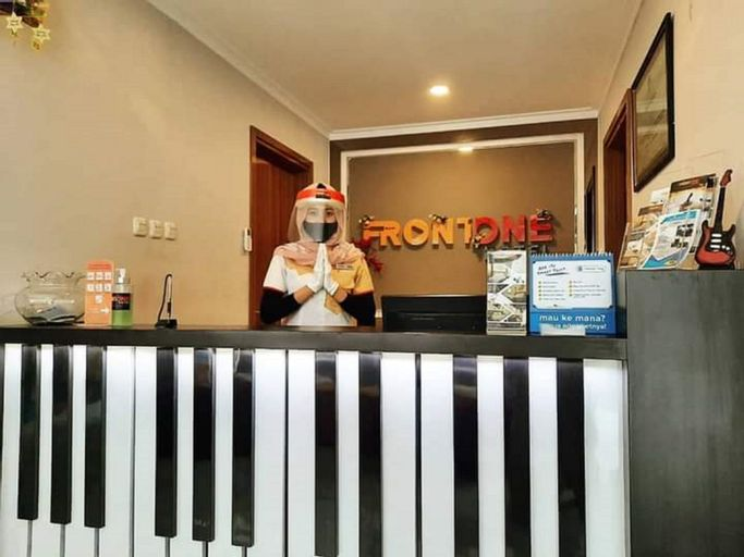 Front One Hotel Tulungagung, Tulungagung