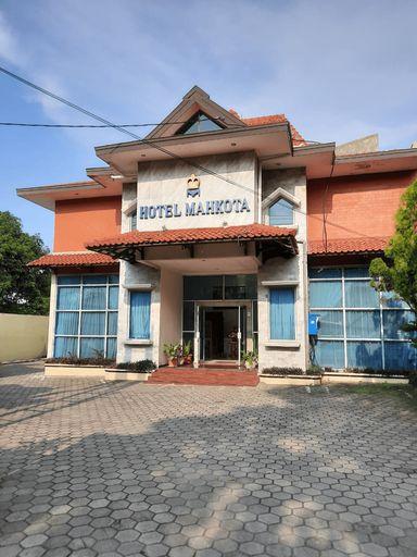 Hotel Mahkota Pati, Pati