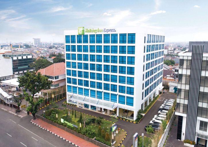 Holiday Inn Express Jakarta Matraman, East Jakarta