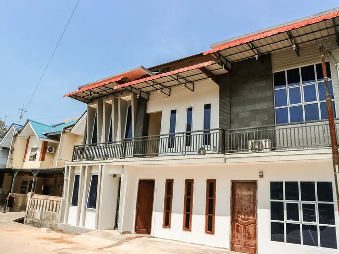 OYO 3377 Checkpoint Residence, Batam