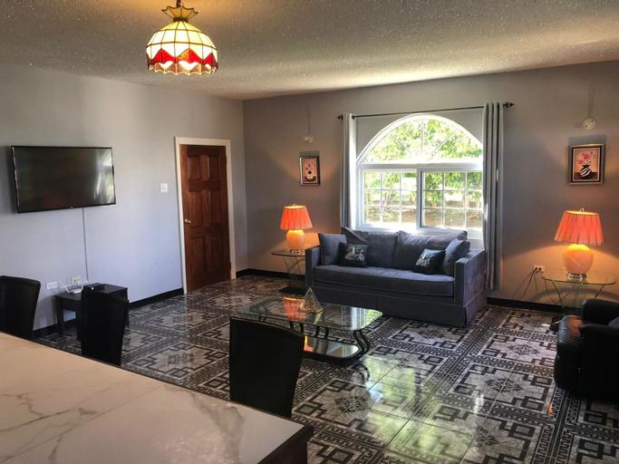 Retreat Comfortable Apartments,