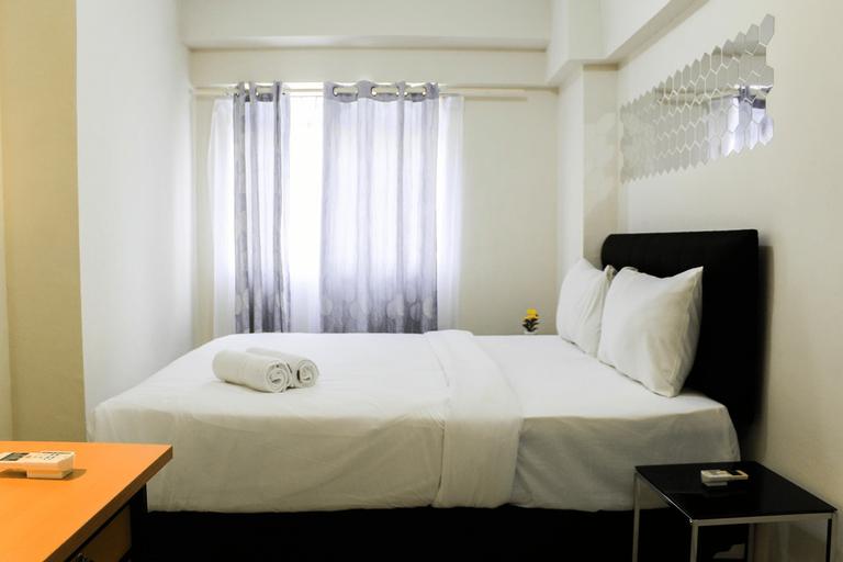 Stylish and Posh 1BR Gading Nias Apartment By Travelio, North Jakarta