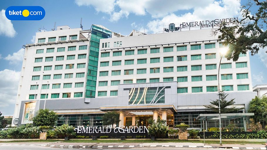 Emerald Garden International Hotel, Medan