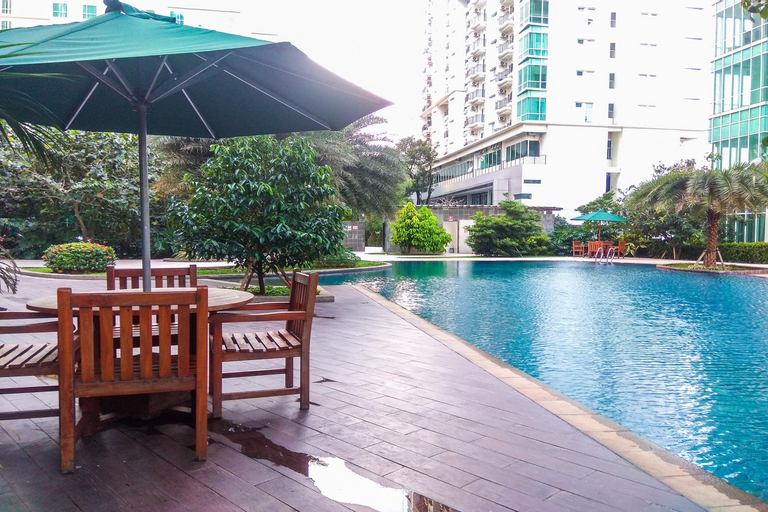 Good Location with Simply Furnished 1BR Apartment Woodland Park By Travelio, South Jakarta