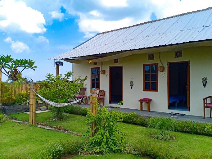 OYO 3395 Pink Turtle Guest House, Tabanan