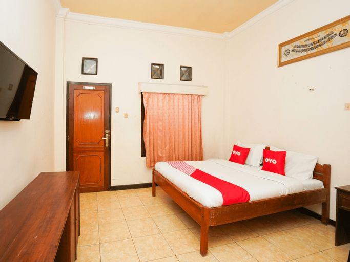 OYO 2715 Hotel Madinah Syariah, Madura Island