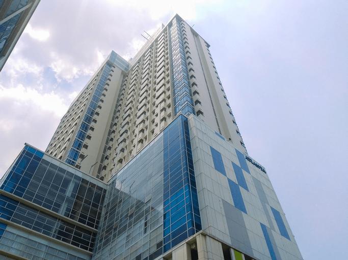 Minimalist Studio Apartment at Atlanta Residences near Hospital By Travelio, Depok