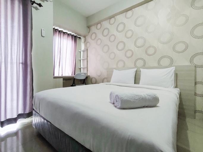 New Furnished & Modern @ Studio Tamansari Mahogany Karawang Apartment By Travelio, Karawang