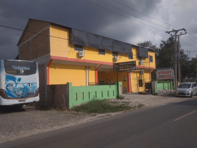 OYO 3474 Steady Residence, Pematangsiantar