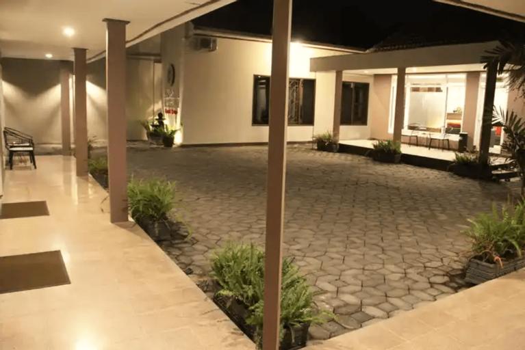 Alsalam Syariah Guest House, Solo