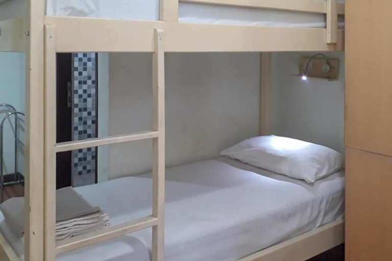 RedDoorz Hostel @ Manado Green Hostel, Manado