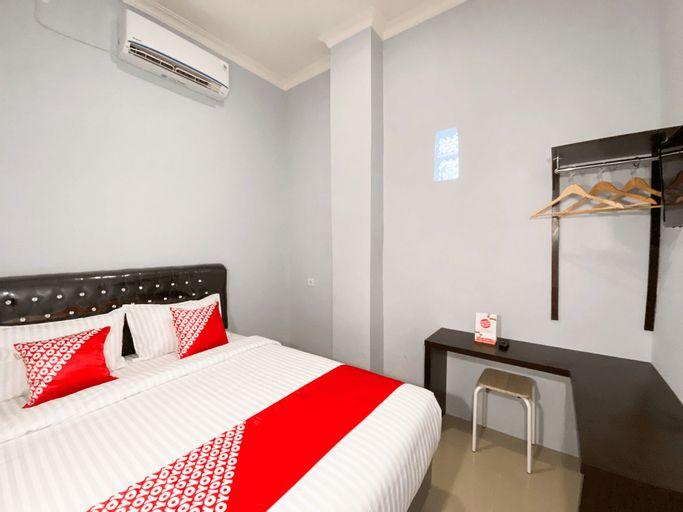 OYO 3160 Guesthouse Pagi Sore Syariah, Padang