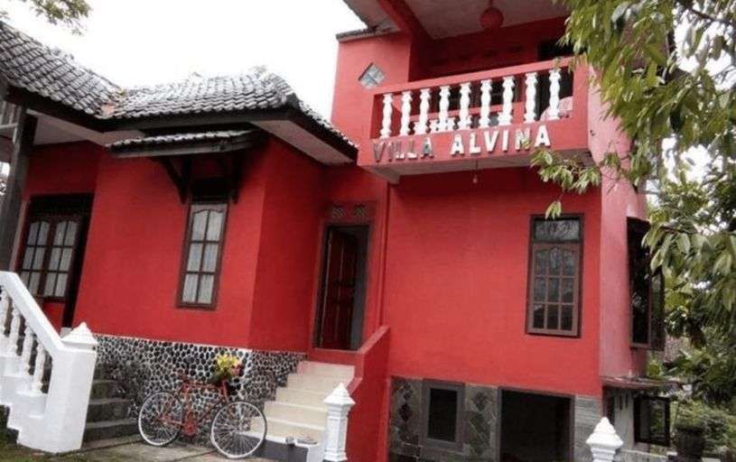 Villa Alvina Cirebon, Kuningan
