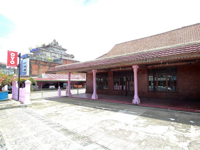 OYO 2838 Hotel Ayu, South Bengkulu