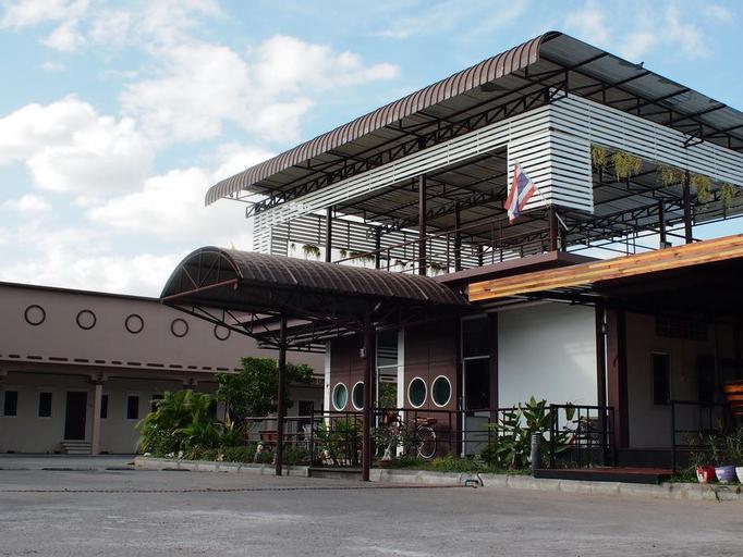 Surintara Resort, Muang Surin