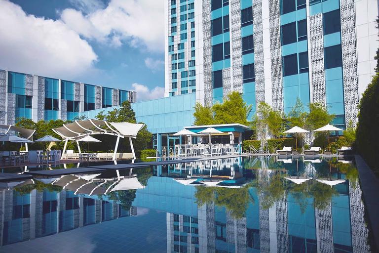 Crimson Hotel Filinvest City Manila, Muntinlupa