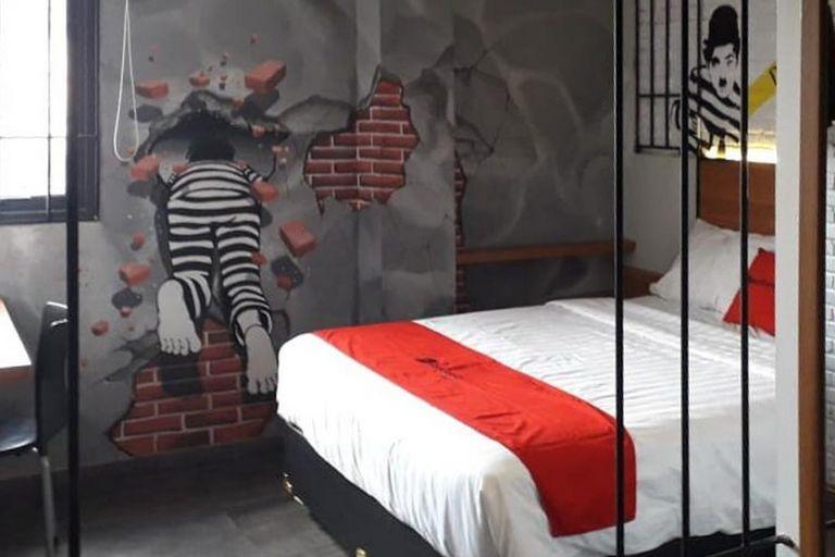 RedDoorz Plus @ Doorman Guest House, Bandung