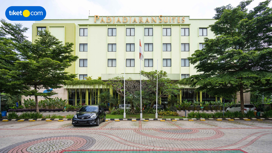 Padjadjaran Suites Resort & Convention, Bogor