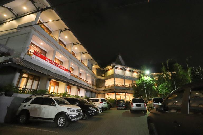 Hotel Tirtagangga Garut, Garut