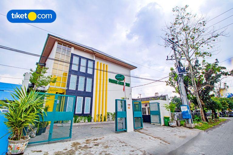 Vosstel Guest  House, Medan