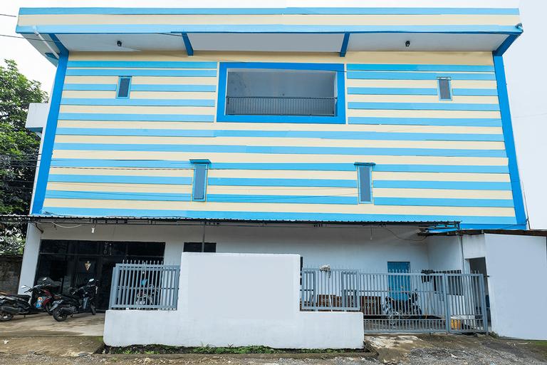OYO 2775 Rf Homestay, Maros